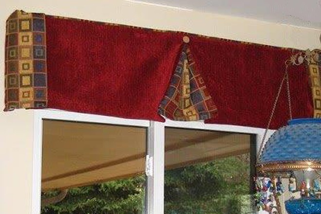 box-pleat-valance